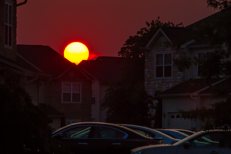 sunset in the burbs 5671-.jpg