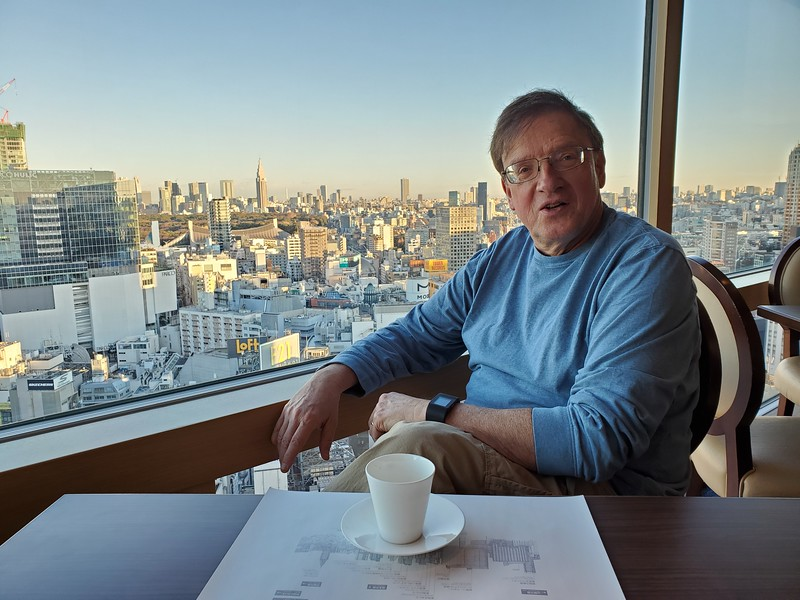 Breakfast with a view of Tokyo