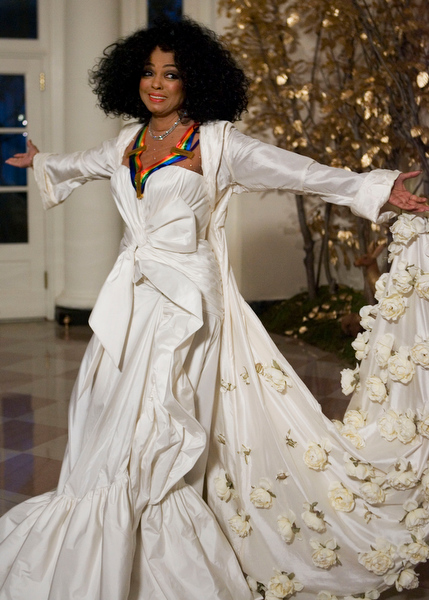 . Recipient of a Kennedy Center Honors Award for 2007, singer Diana Ross, arrives at the White House for the Kennedy Center Gala reception honoring the awardees, Sunday, Dec. 2, 2007, in Washington.  (AP Photo/Manuel Balce Ceneta)