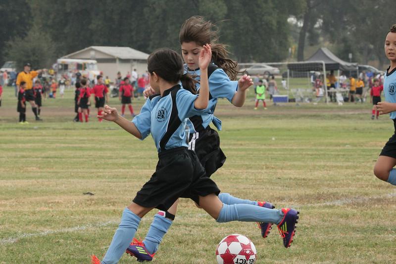 Soccer2011-09-10 10-30-38_2.JPG