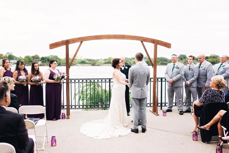 chateau-on-the-river-trenton-michigan-wedding-0285.jpg