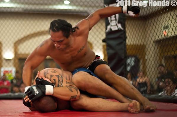 Doug Hiu vs Paea Paongo