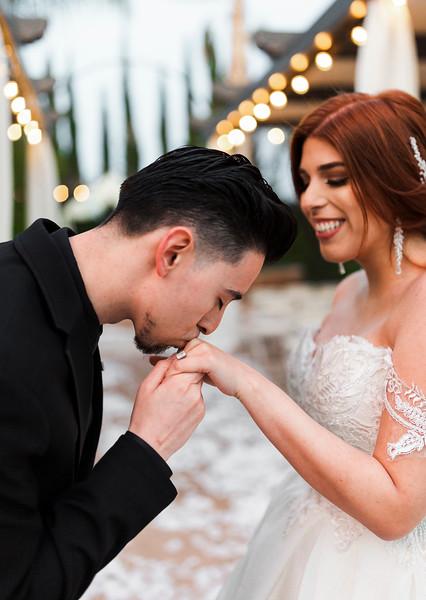Alexandria Vail Photography Wedgewood Fresno Wedding Alexis   Dezmen686.jpg