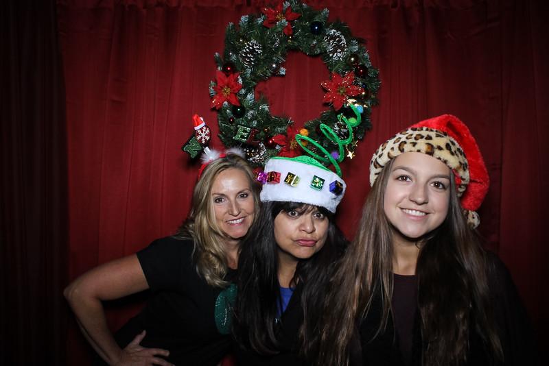 Good Shepard Lutheran School Christmas Boutique 2014-213.jpg
