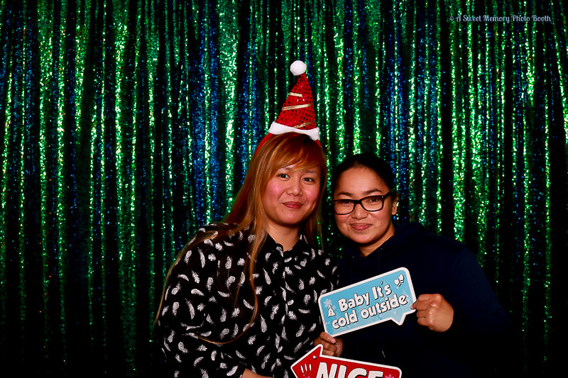 Medtronic Holiday Party -424.jpg