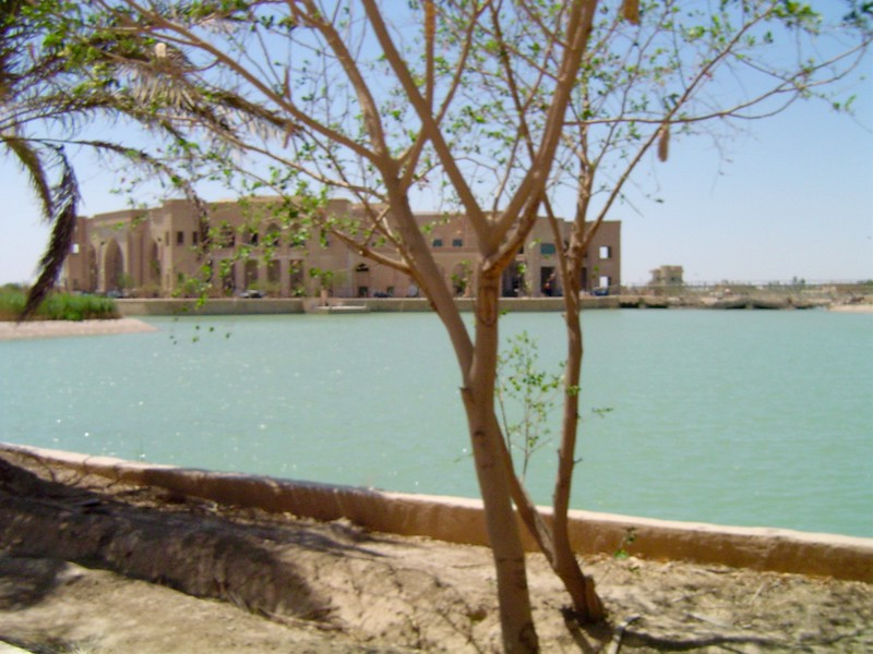 thumb_Pictures of Baghdad 004_1024.jpg
