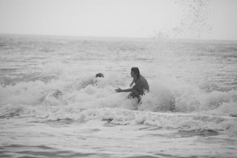 Surf_BW_016.jpg