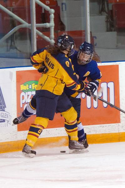 20130310 QWHockeyvsUBC 190.jpg