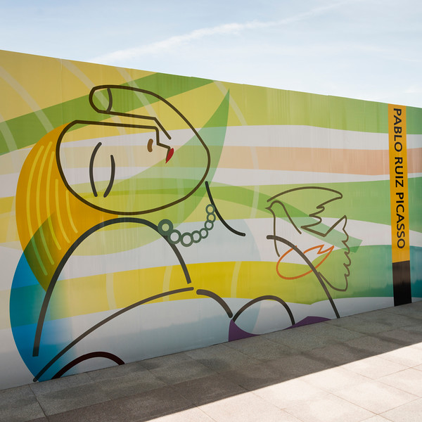 Artwork of Pablo Picasso painted on wall, Seoul, South Korea