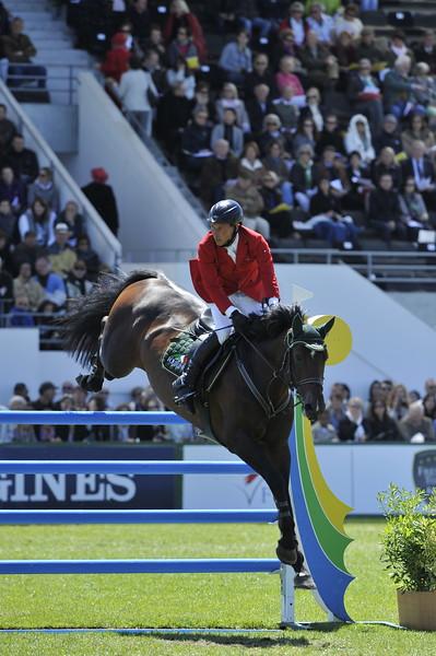 JUMPING : Hans Dieter DREHER sur Magnus Romeo GRAND PRIX DE LA VILLE DE LA BAULE -  CSIO DE LA BAULE 2012 - PHOTO : © CHRISTOPHE BRICOT
