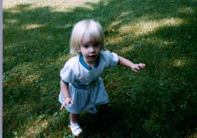 1989_Spring_Amelia_birthday_trip_to_pgh_debbie_0020_a.jpg