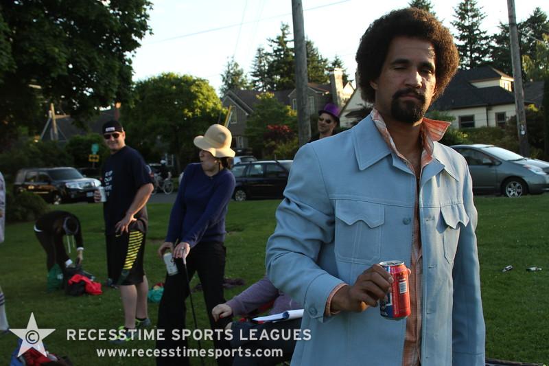 Recesstime_Portland_Kickball_20120619_1499.JPG