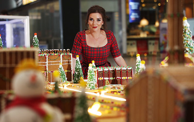 13/12/18 Gingerbread model of Heathrow