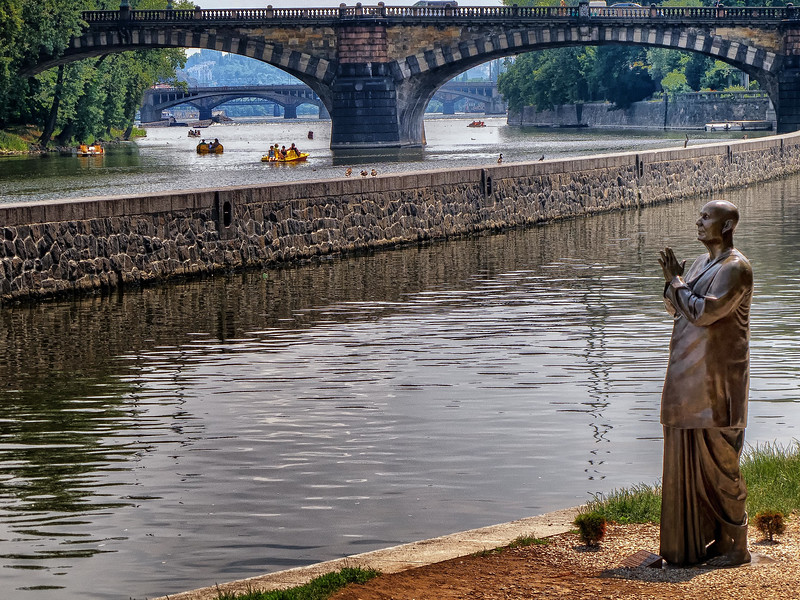 12-06Jun-Prague-more-16.jpg