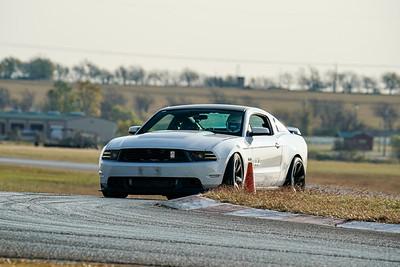 17 Mustang