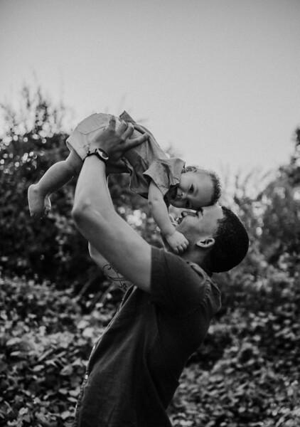 Alexandria Vail Photography Family Kaweah Oaks Preserve 020.jpg