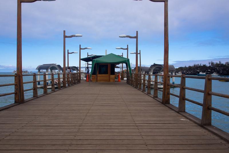 puerto ayora dock.jpg