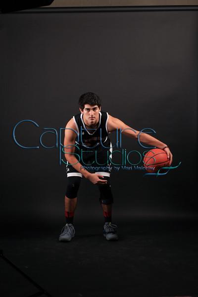2017/2018 Basketball Varsity Portraits