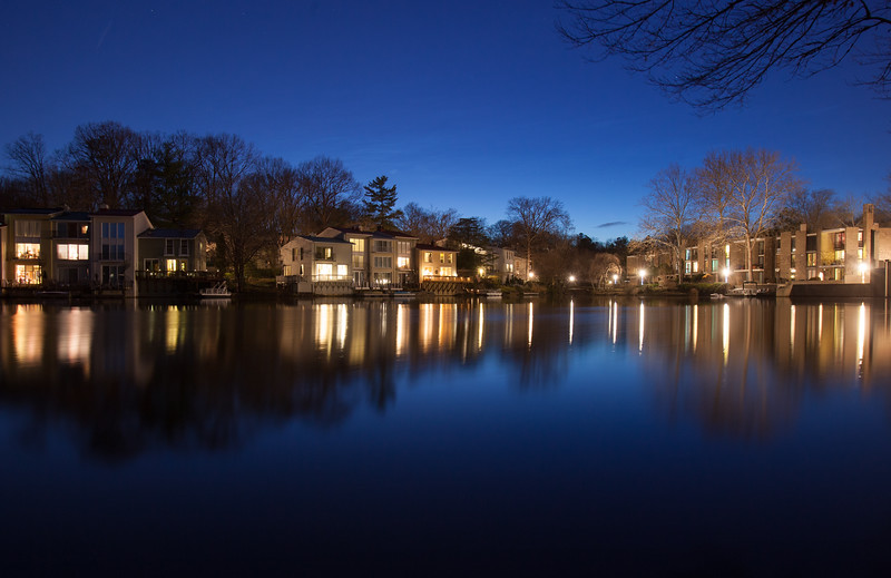 20160309 050 Lake Anne at night.jpg