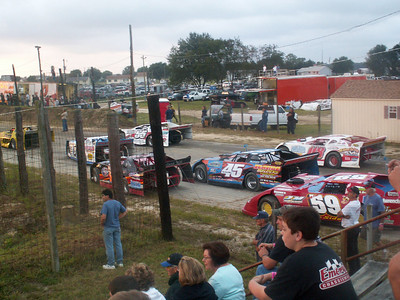September 6, 2009 Redbud's Pit Shots Georgetown Speedway