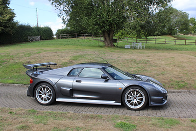 Noble M400 - Gunmetal Grey