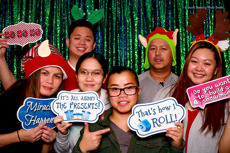 Medtronic Holiday Party -468.jpg