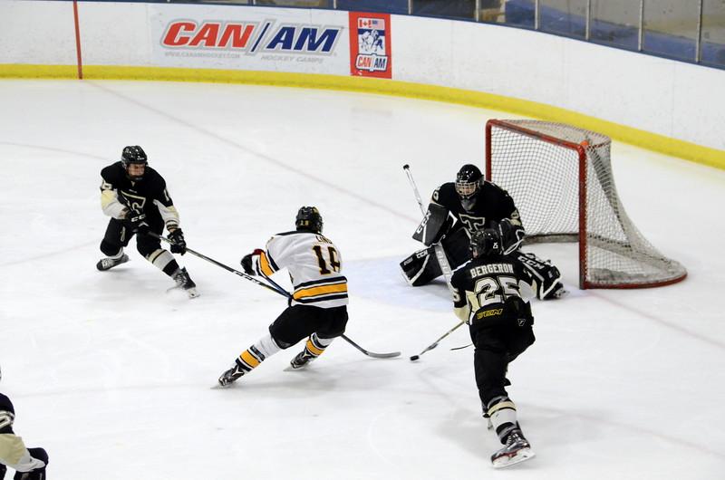 180112 Junior Bruins Hockey-023.JPG