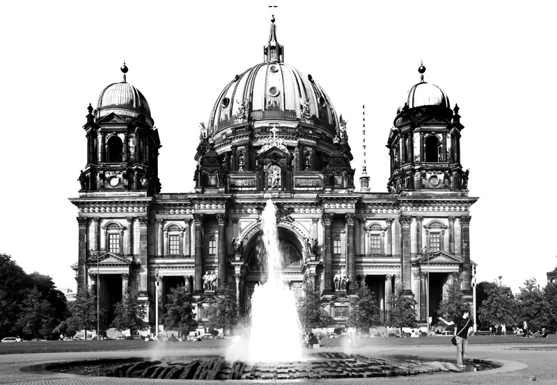 Black and white sketch of the facade of the Berliner Dom (Cathedral), Berlin, Germany