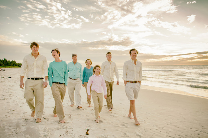Michelle's Family Pictures _ Naples Pier 151.JPG