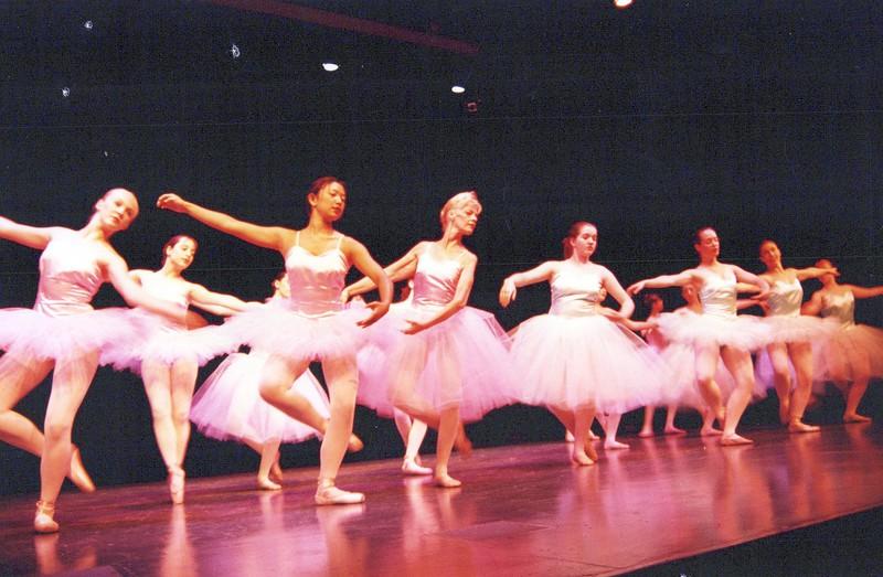 Dance_1336_a.jpg