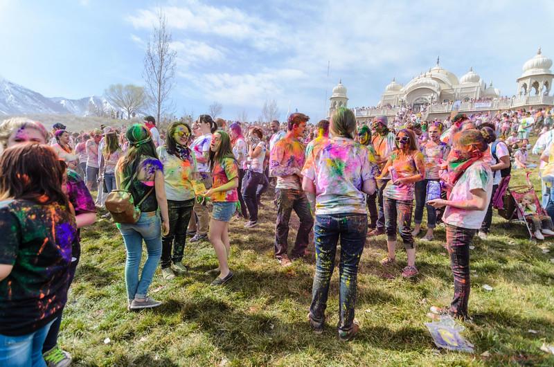 Festival-of-colors-20140329-110.jpg