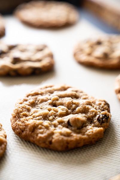 Cookies - soaked raisins