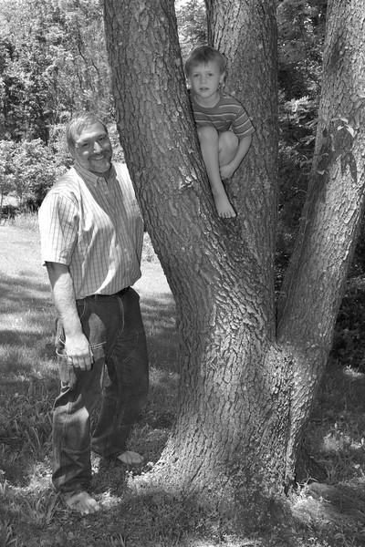 Harris Family Portrait - 123bw.jpg