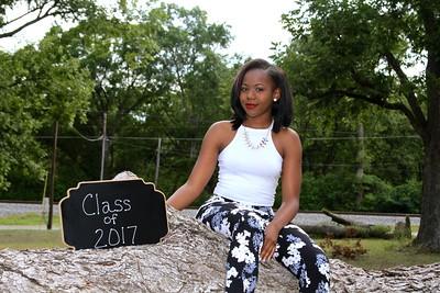 Dee~Class of 2017