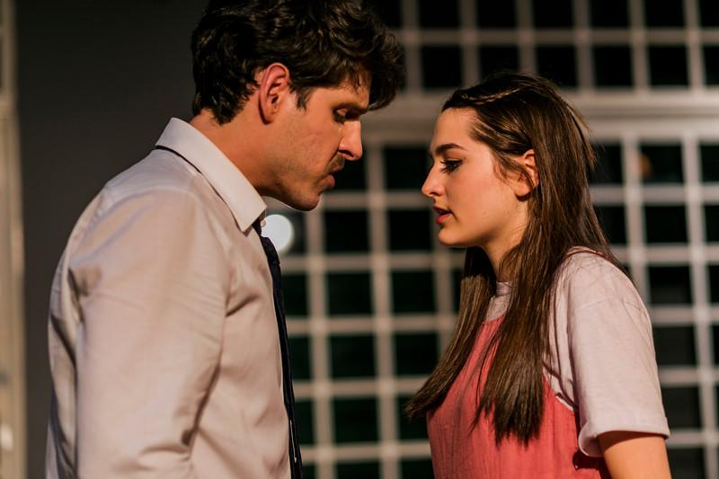 Allan Bravos - Celia Helena - O Beijo no Asfalto-371.jpg