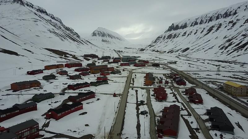 5-23-17013964longyearbyen.MOV