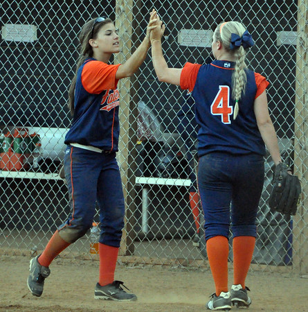 Orange softball falls to Briar Woods 2011