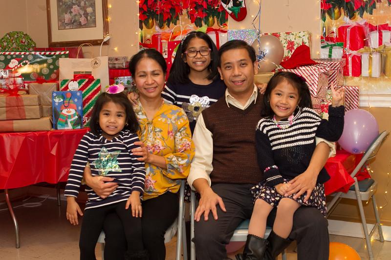 overlook-christmas-party-12.jpg