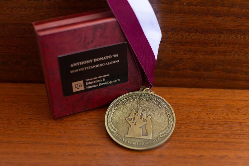 OA Medallion_0001.jpg