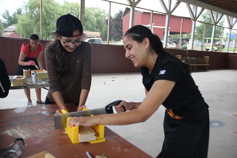 kars4kids_thezone_camp_GirlDivsion_workshops_WoodWorking (55).JPG