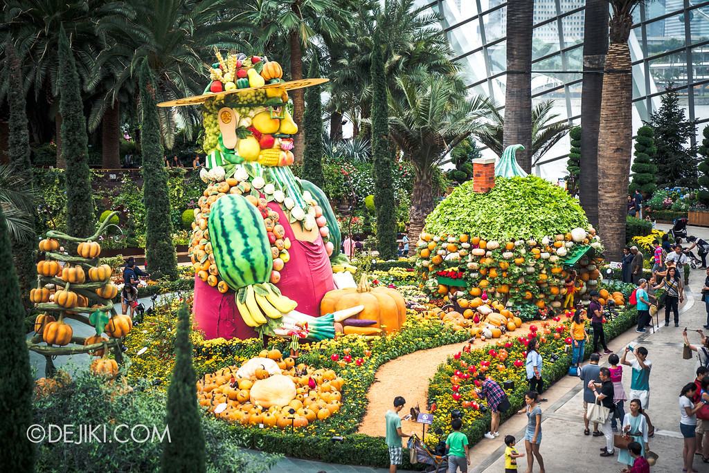 Gardens by the Bay - Autumn Harvest Floral Display - overview mid-tier