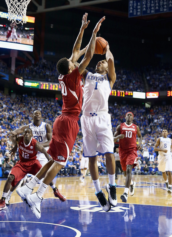 . James Young #1 of the Kentucky Wildcats shoots the ball during the game against the Arkansas Razorbacks at Rupp Arena on February 27, 2014 in Lexington, Kentucky.  (Photo by Andy Lyons/Getty Images)