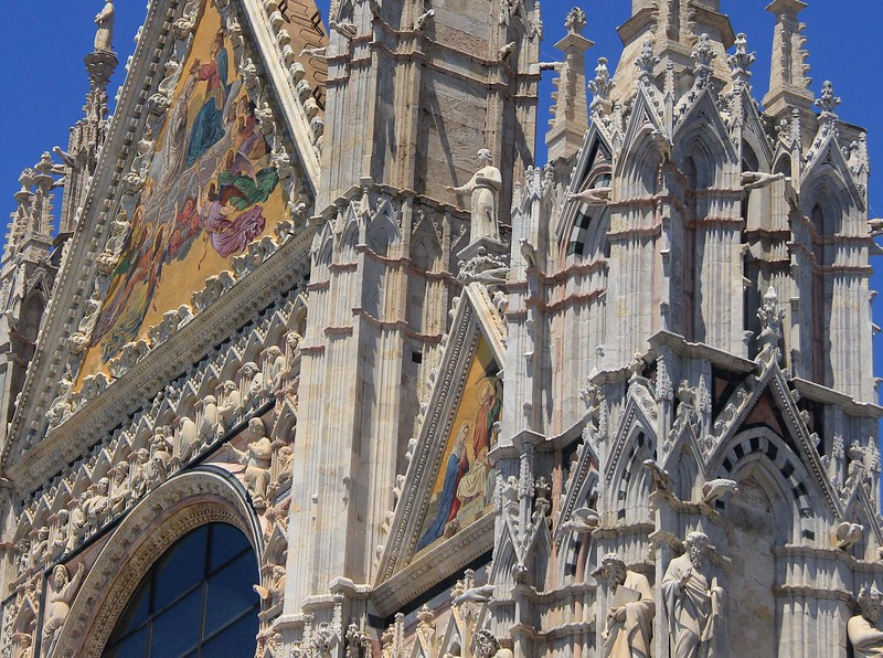 Upper facade of Siena Cathedral.