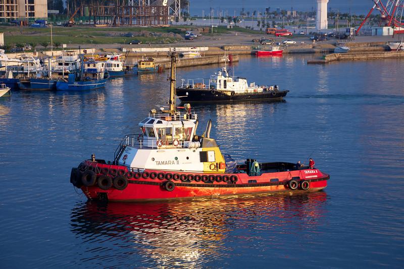 Tugboat at waterfront at Batumi, Georgia. _DSC4722