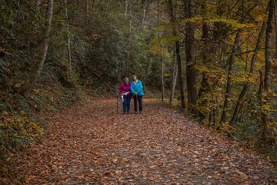 Cherokee 11/2018: Deep Creek Trail & Gaitlinburg