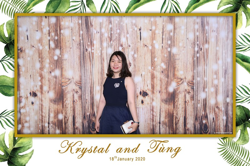 Krystal-Tung-wedding-instant-print-photo-booth-in-Ho-Chi-Minh-City-Chup-hinh-lay-lien-Tiec-cuoi-WefieBox-Photobooth-Vietnam-055.jpg
