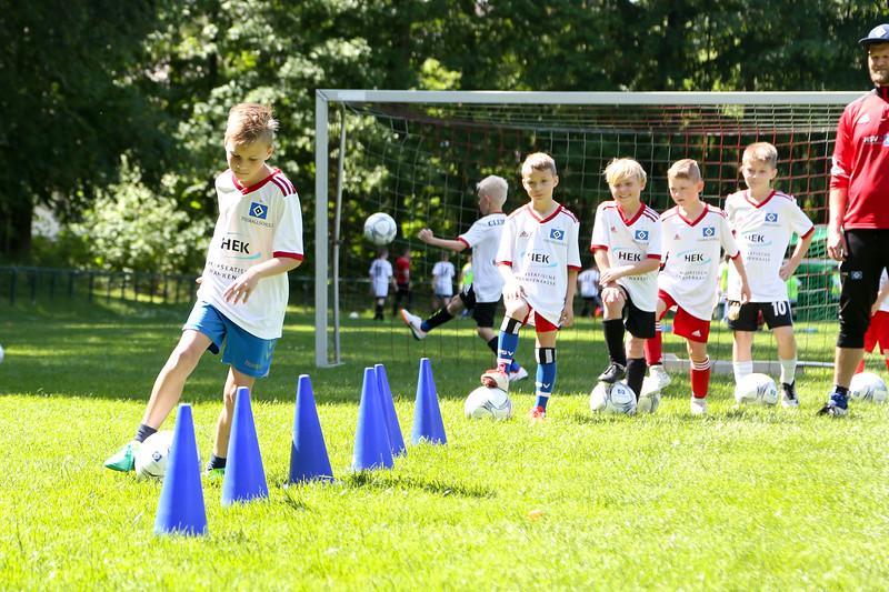 hsv_fussballschule-423_48047956146_o.jpg