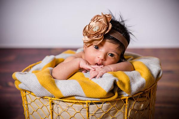 Baby Guniya Newborn - Proofs
