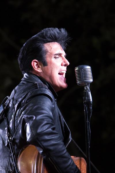 20140719 Dos Lagos - Scot Bruce (Elvis)