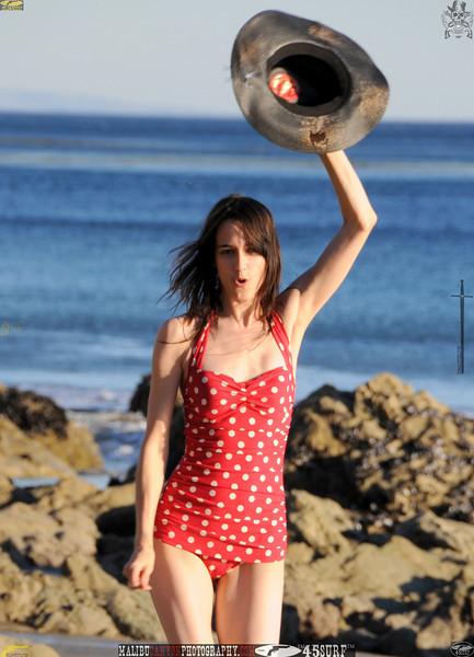 matador swimsuit malibu model 1219..00.jpg
